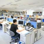 本社事務所 the head [main] office